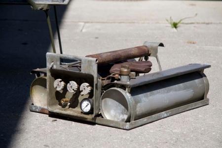 Bensinbrenneren til det amerikanske feltkjøkkenet M-37 fra 1943 - for å sitere W.Guthrie 'This Machine Kills Fascists!'